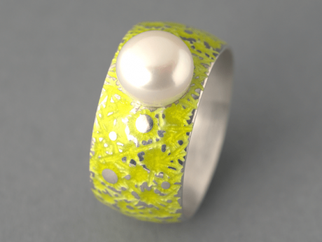 Emaille-Ring Eisblume mit Perle