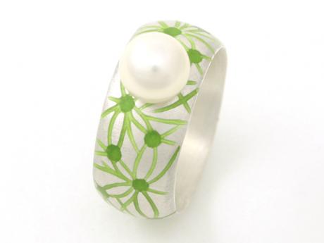 Emaille-Ring Netzwerk mit Perle